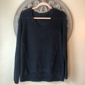 RDI Sweaters - RDI brand Navy blue v-neck sweater